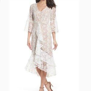 Gorgeous White Lace Dress   size XS